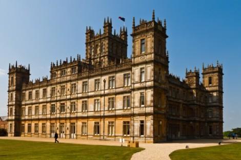 Downton Abbey courtroom becomes weddingvenue
