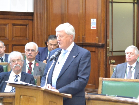 VIDEO: Surrey leader David Hodge announces he is stepping down from therole
